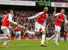 Arsenal zirveye göz kırptı