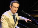 Anthony Strong İstanbul'da konser verdi