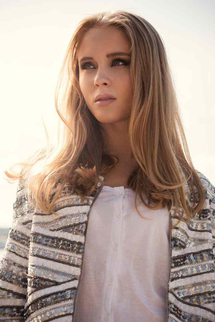 Zara Larsson Fotoğrafları