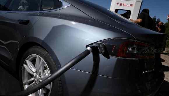 Tesla Ne Saklıyor?