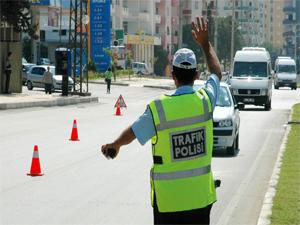 Belediyeler Hız Sınırını Aşan Araçları Tespit Edecek