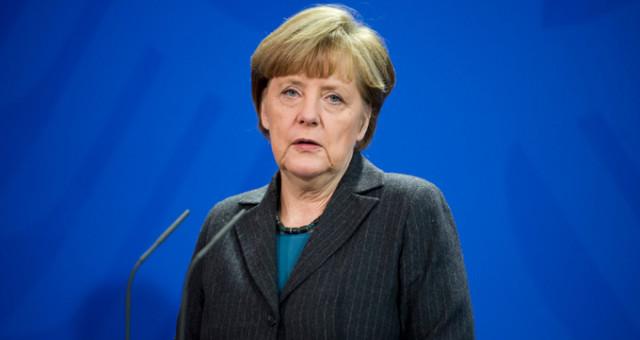 Merkel: İlerleyemezsek Kurduğumuz Her Şey Yıkılabilir