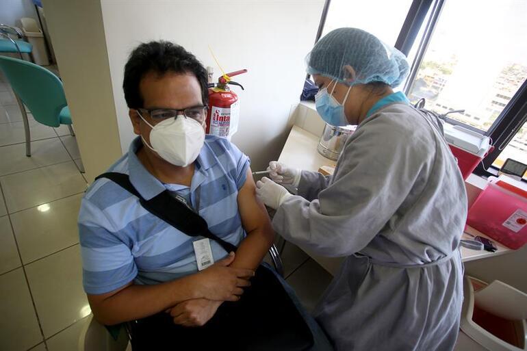 Peruda aşı skandalı büyüyor